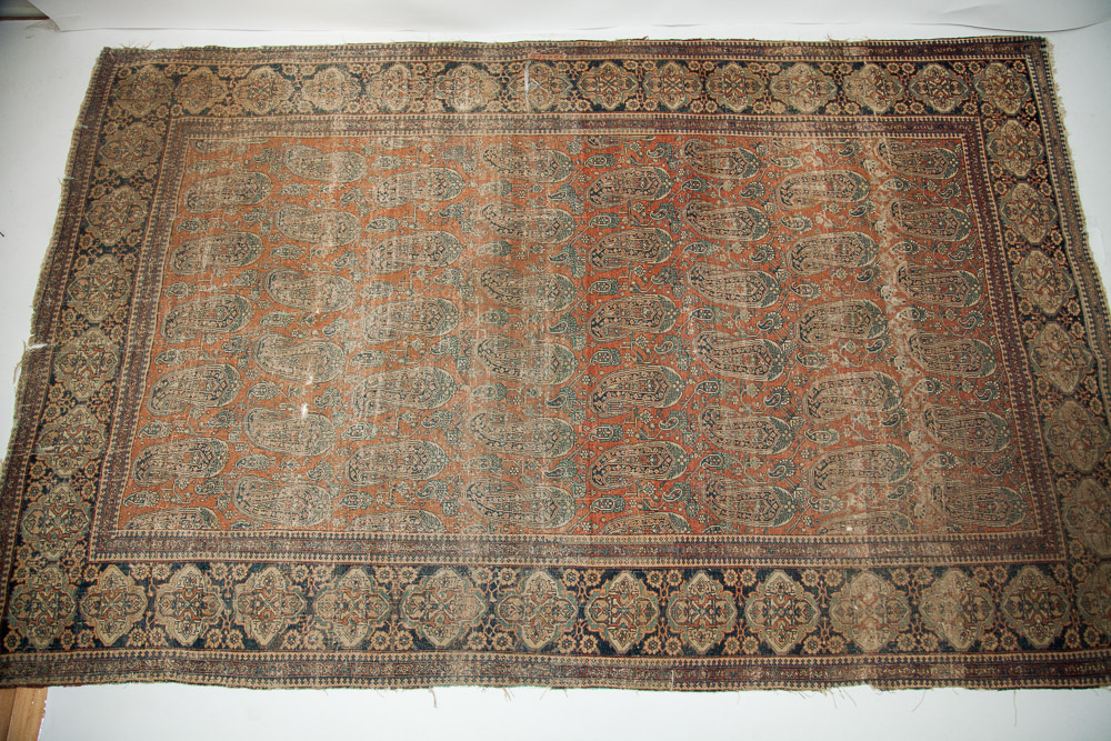 Antique Mohtashem Kashan Rug