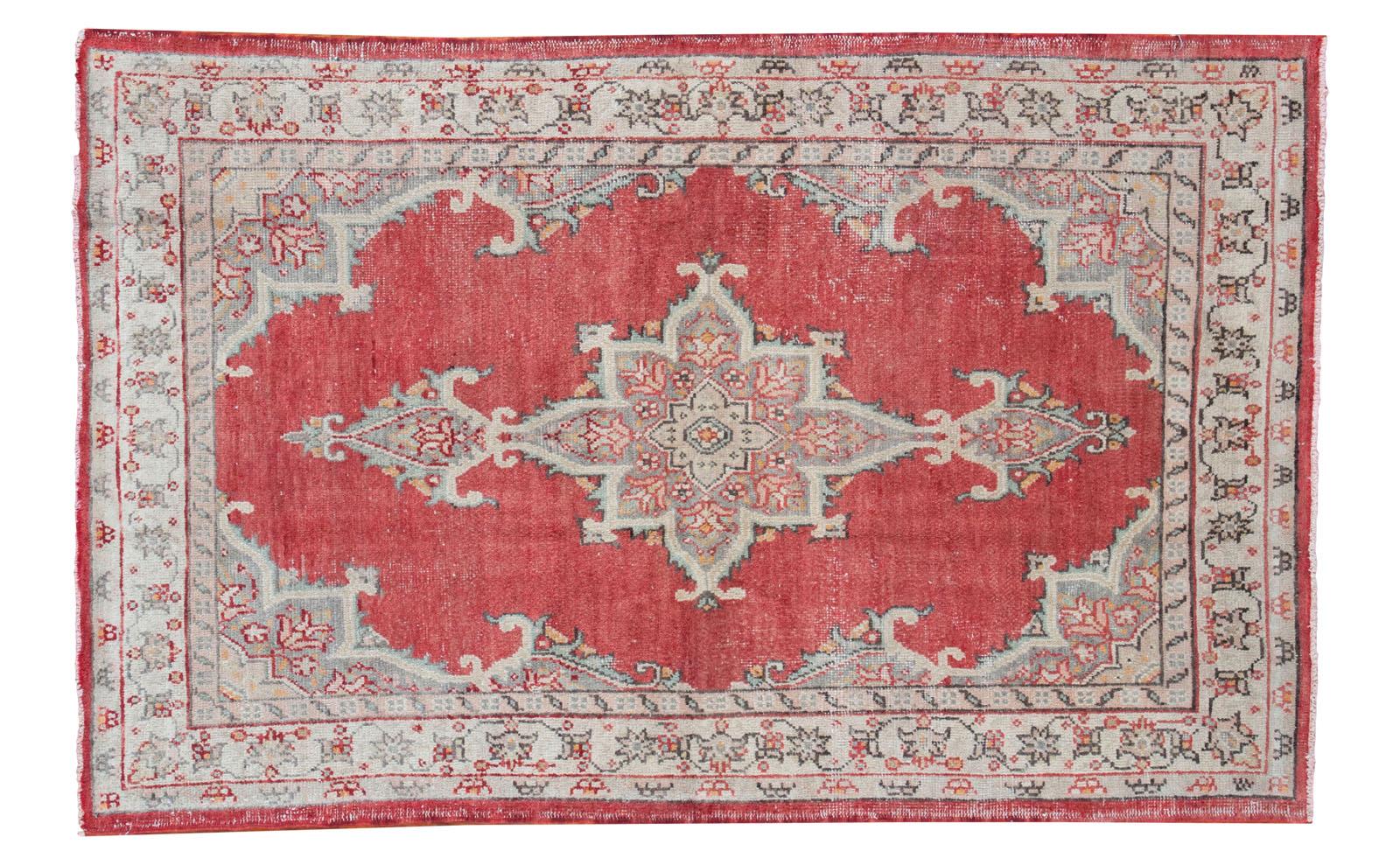 Red Vintage Oushak