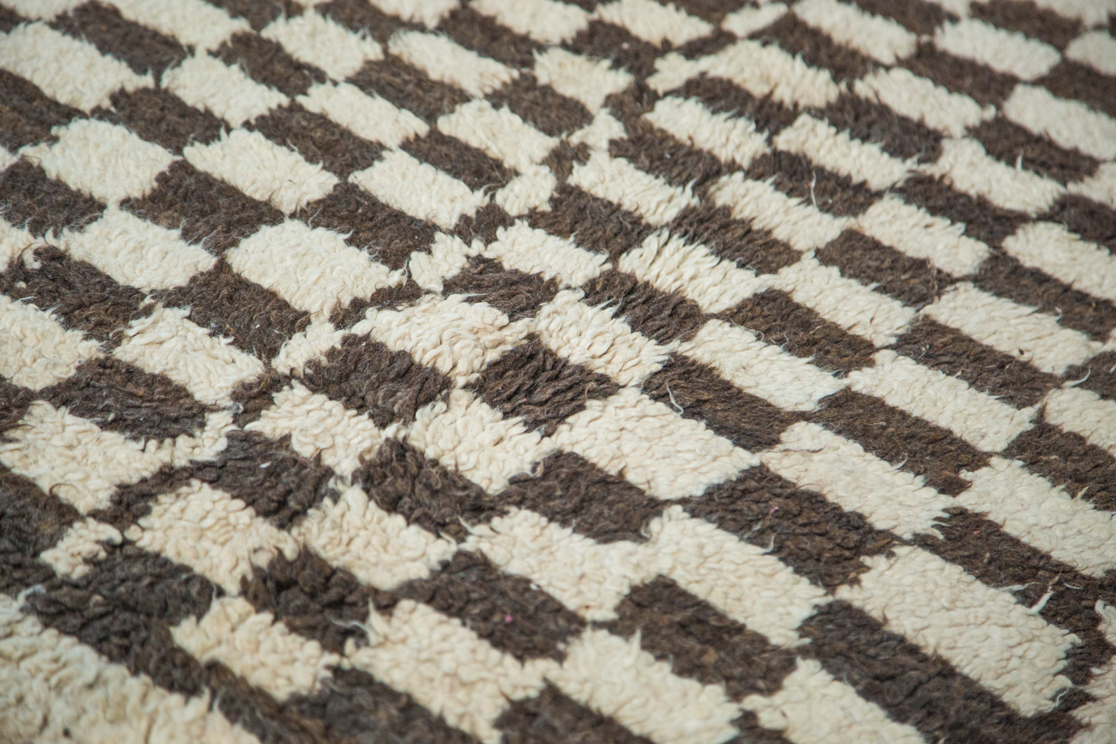 Brown Checkered Moroccan