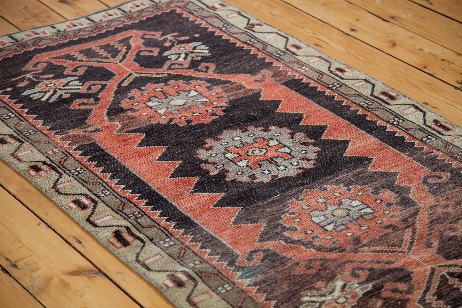 Small Black Red Rug