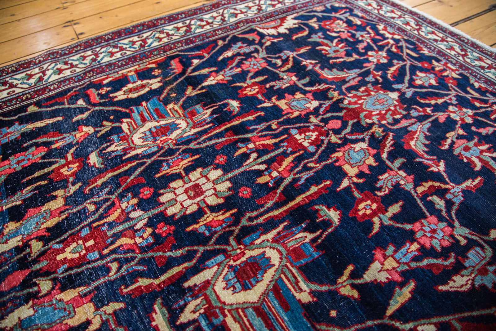 Gem Tone Persian Sarouk