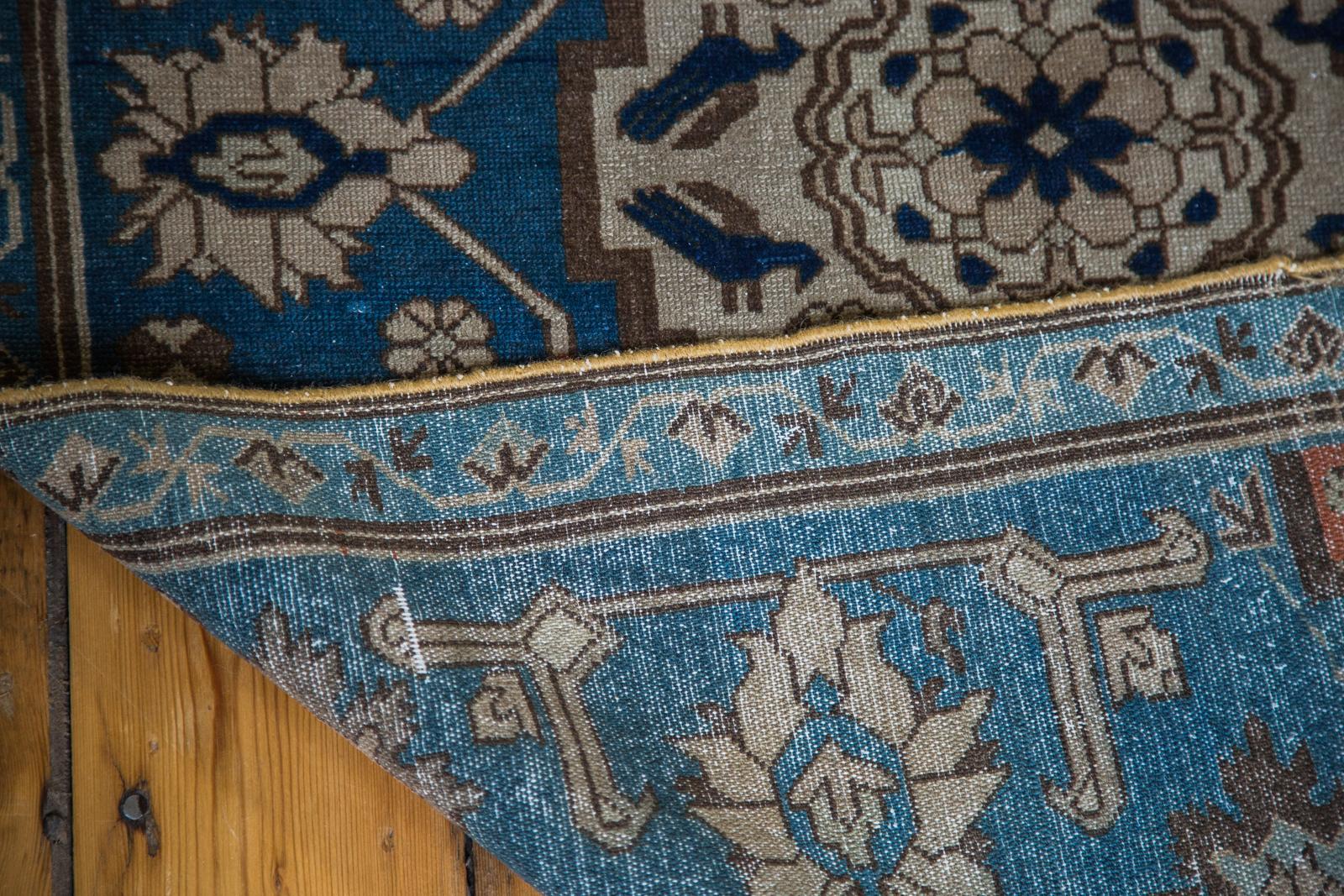 1910 Blue Caucasian