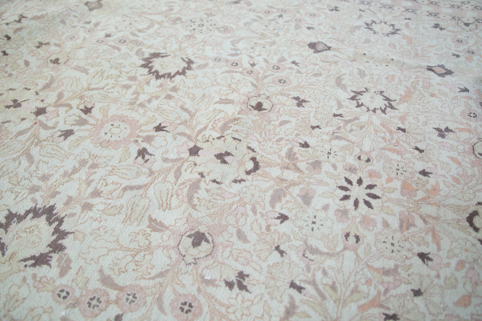 1970s Distressed Hereke