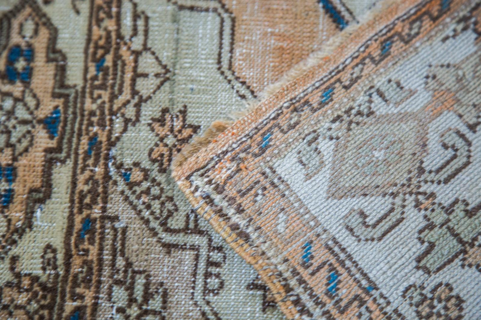 Distressed Square Sivas