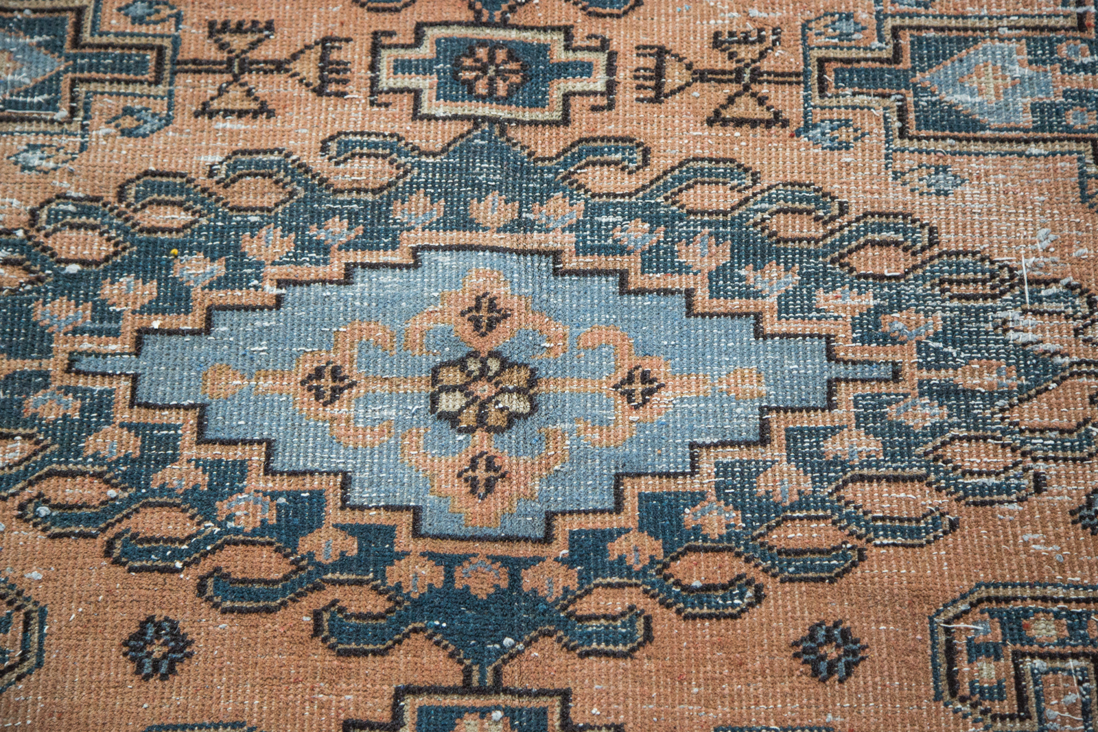 Vintage Persian Veece
