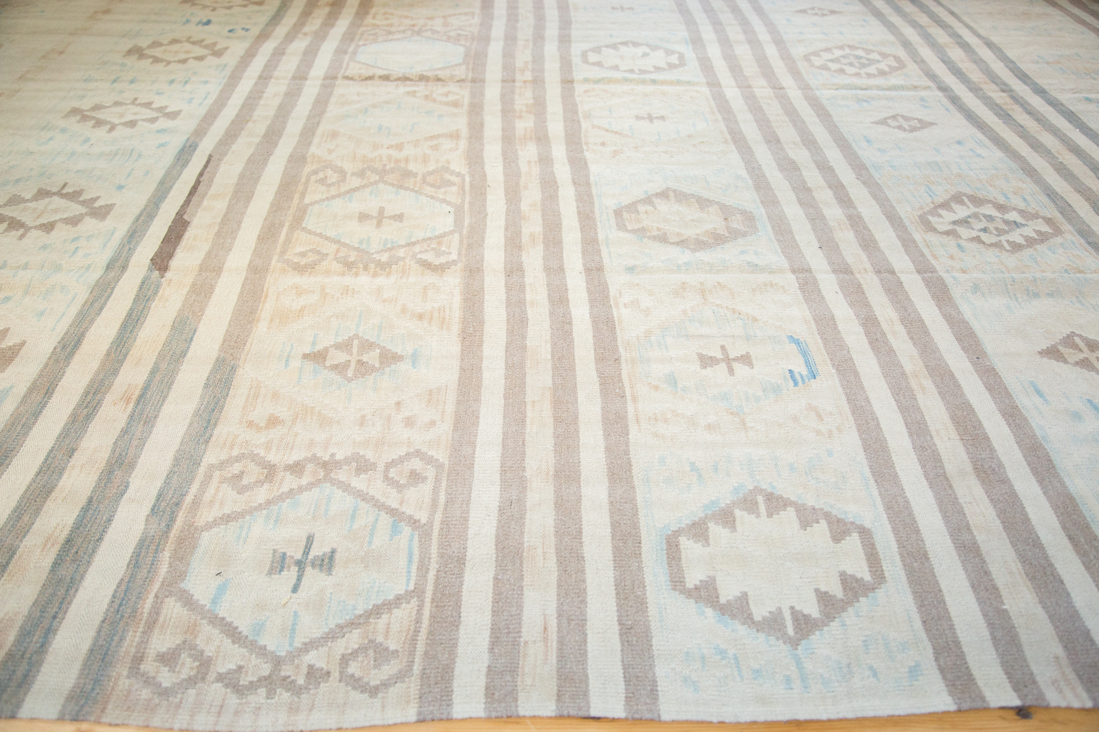 8x11 New Kilim Carpet