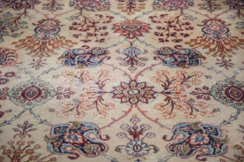 ee001719-distressed-kazvin-carpet-8x11-3