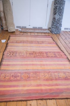 ee001735-vintage-kilim-carpet-5x9-5-2