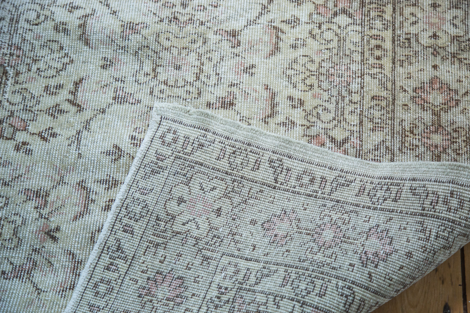 Distressed Turkish Ivory